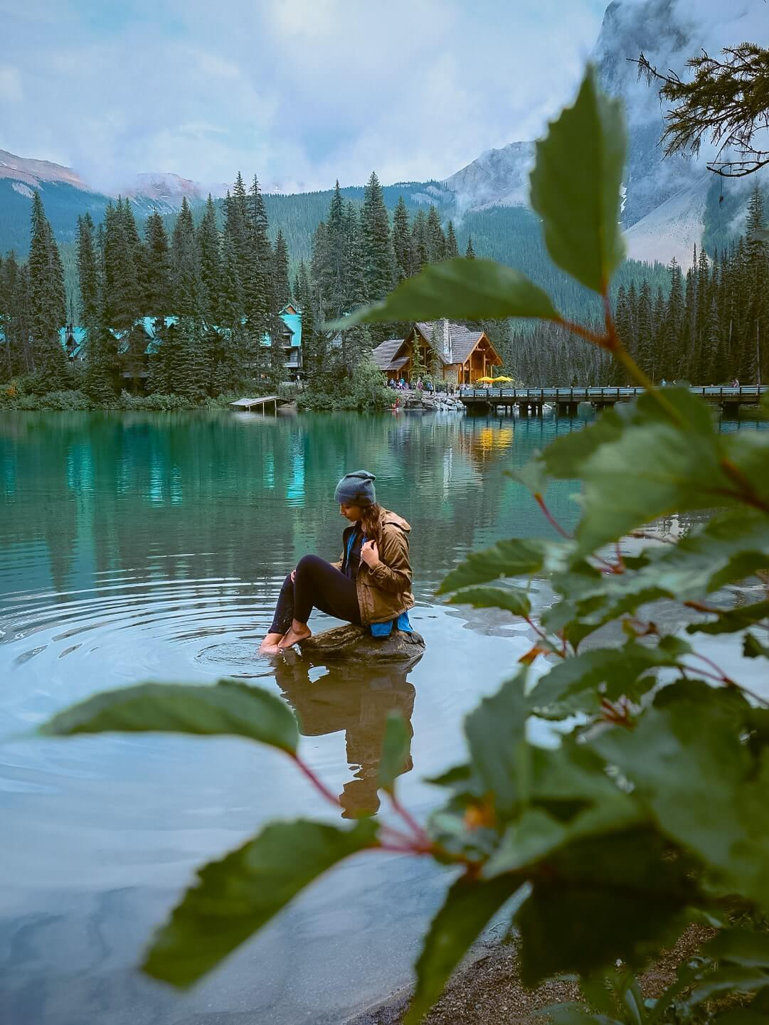 Visiting Emerald Lake - one day road trip through Yoho National Park from Banff National Park