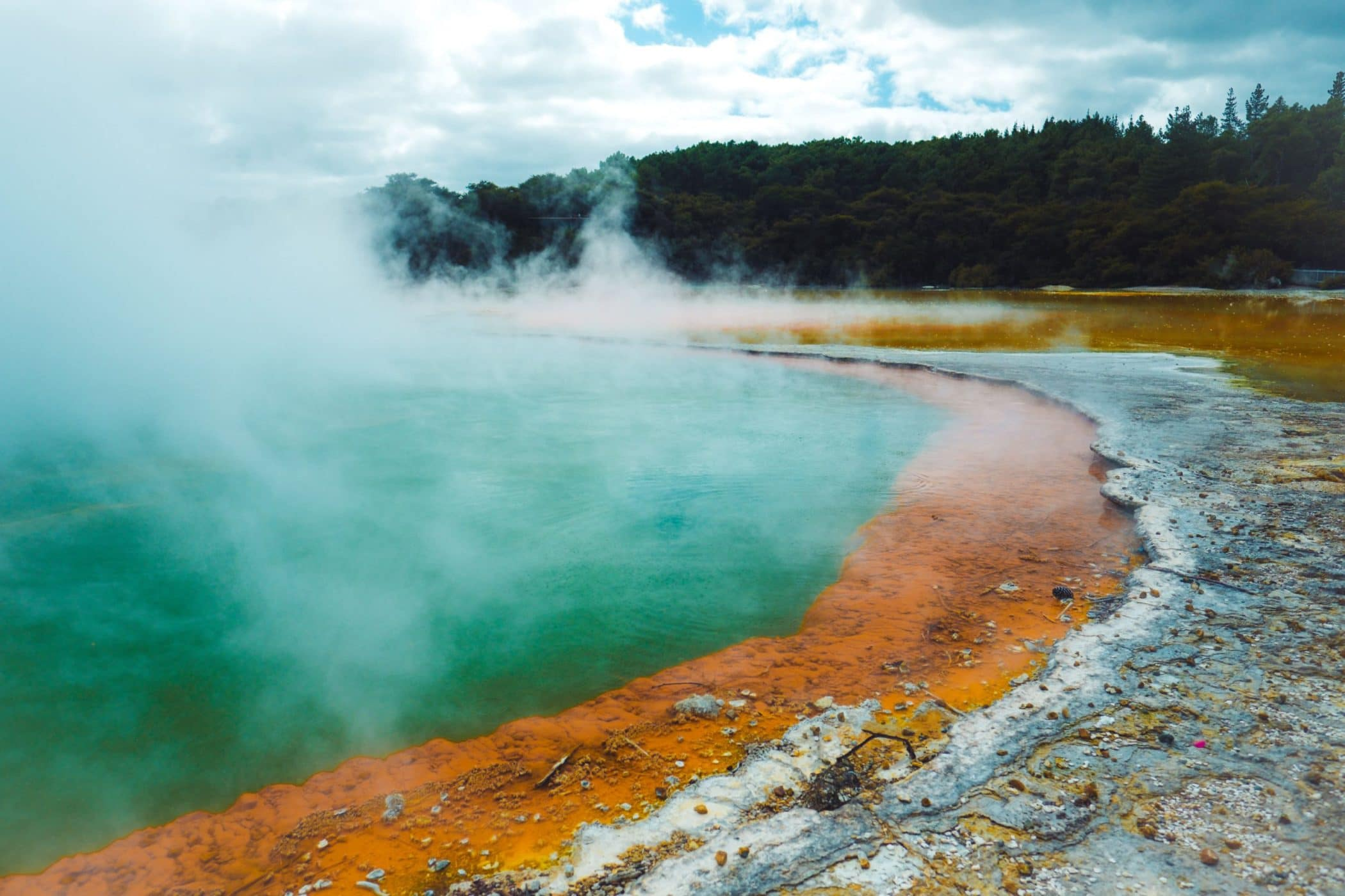 Wai-O-Tapu Champagne Pool, Rotorua