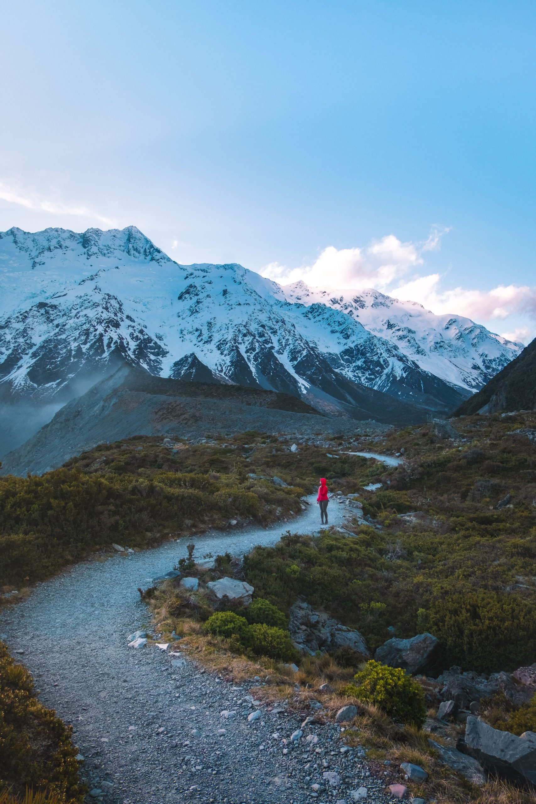Hooker Valley Track is a great alternative to New Zealand Great Walks if you're short on time