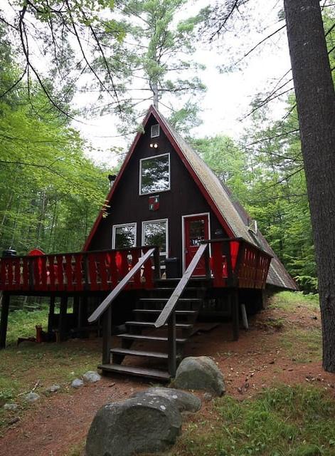 A-frame cabin rentals near Ausable Lake