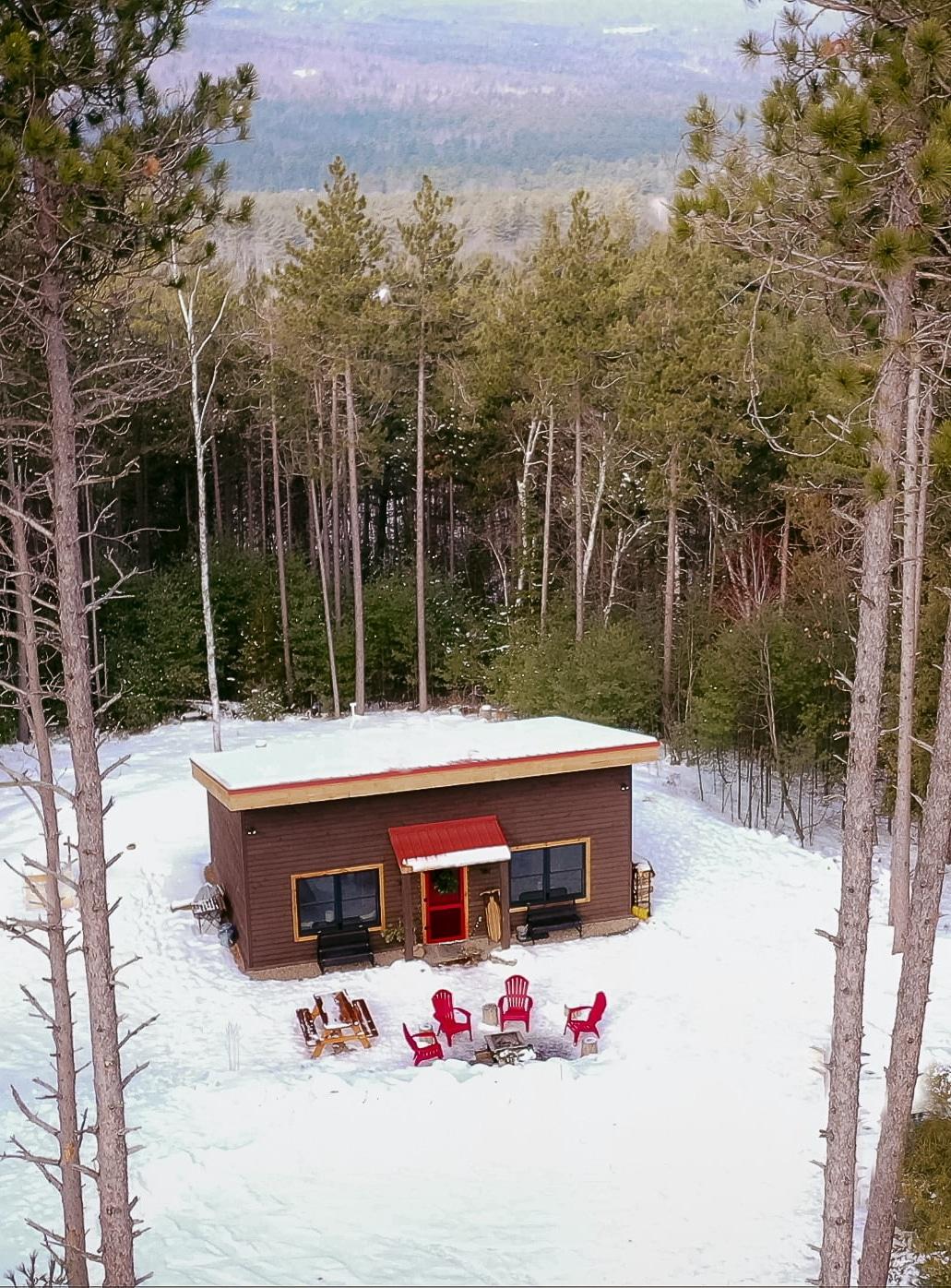 Aerial view of Juniper Hill Cabin in Wilmington, NY, Adirondacks
