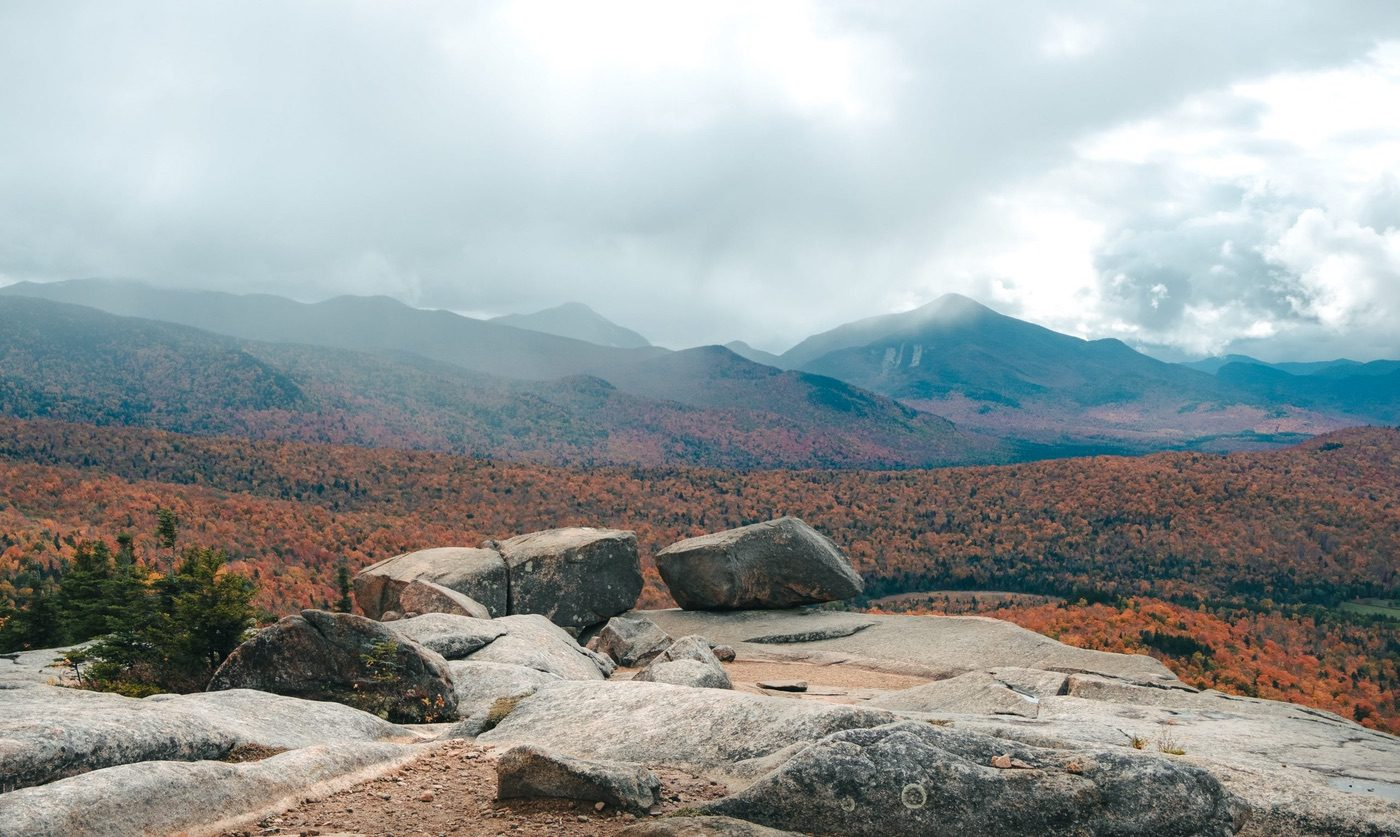 Rocks at the summit of Balanced Rock in the fall