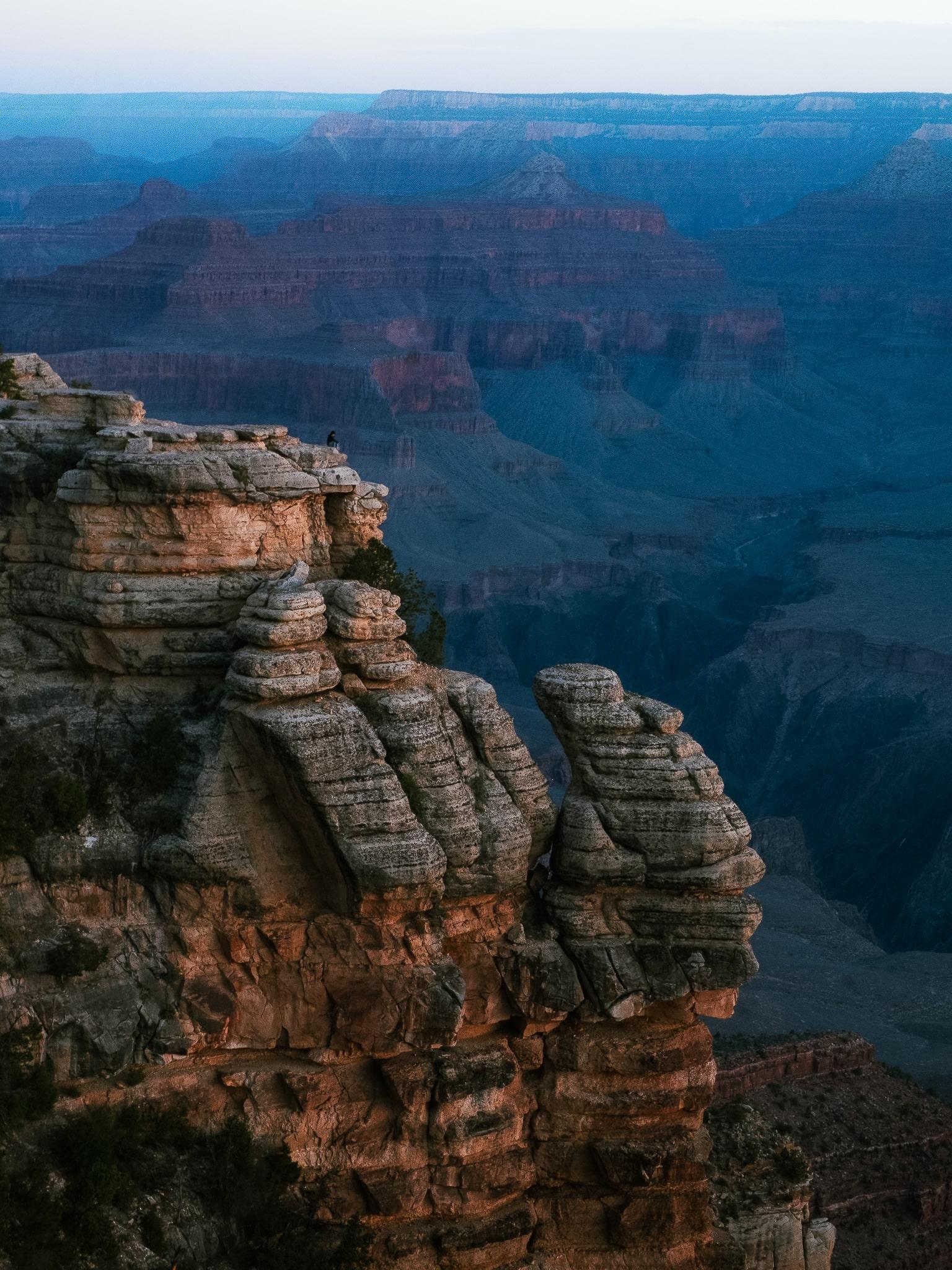 Mather Point at sunrise, Grand Canyon South Rim, Arizona